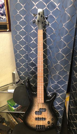 4 string bass for Sale in Pinon Hills, CA