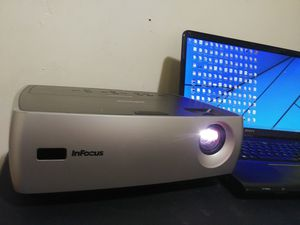 Urgent! Projector to enjoy movie and game in big screen. Slide the picture to see. for Sale in Hyattsville, MD