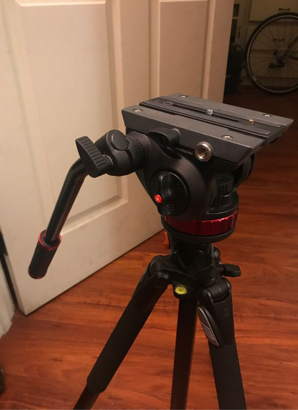 (HEAD ONLY). Manfrotto mvh502ah fluid head (complete)