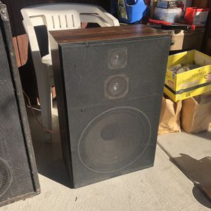 Speakers for Sale in Elma Center, NY