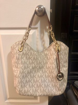 Michael Kors monogram hobo bag for Sale in Houston, TX