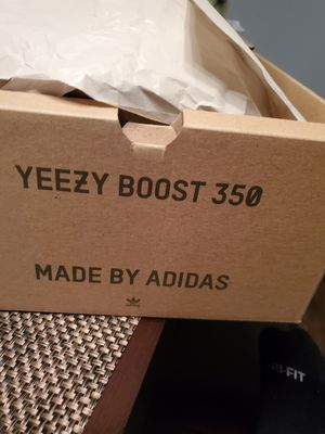 Adidas Yeezy boost 350 v2 Marsh color 100%Authenic for Sale in Orland Park, IL