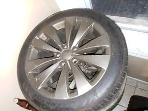 4- 17 tire and rims 235/45ZR17 for Sale in Hartford, CT