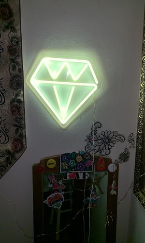 Diamond led lamp, wall art, wall decor, led, wall mounted, home, bedroom, bright, urban outfitters, lamp, diamond, negotiable for Sale in Queens, NY