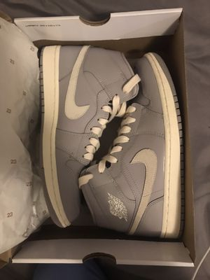 women's jordan 1 mid size 9.5 for Sale in Sheridan, CO