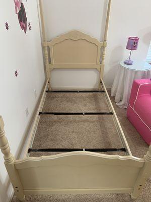 Twin bedroom set for Sale in Lumberton, NJ