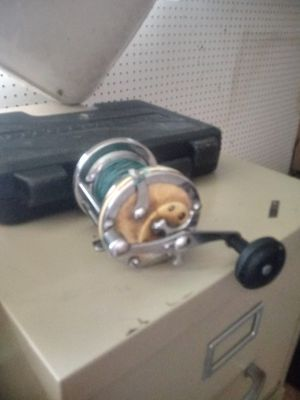 Fishing reel for Sale in Hollywood, FL