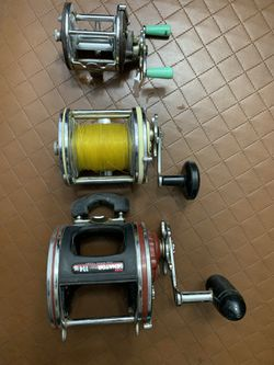 Vintage fishing reels , so expensive brand for Sale in Las Vegas,  NV