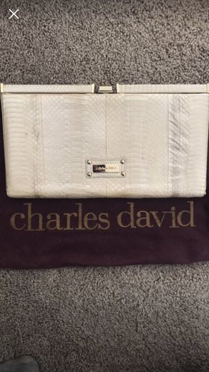 Charles David clutch purse for Sale in Ashburn, VA