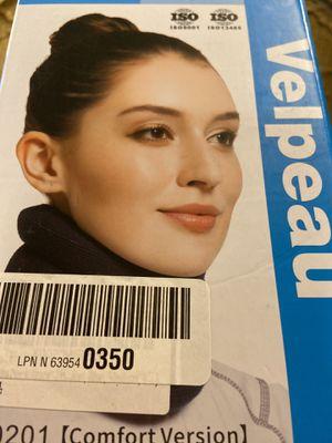 Velpeau Neck Brace VP0201 Comfort Version Cervical Collar Navy Blue Medium for Sale in Brandon, FL
