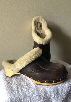 UGG Clogs size 8 for Sale in Orlando, FL