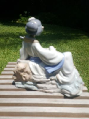 LLADRO NAO Geisha Girl Woman Playing Guitar Figurine Oriental Melody #227 for Sale in La Verne, CA