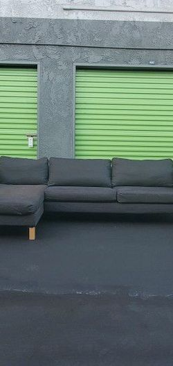 DARK GRAY DENIM Sofa w / chaise (FREE DELIVERY) for Sale in San Diego,  CA