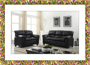 Black leather sofa and loveseat for Sale in Alexandria, VA