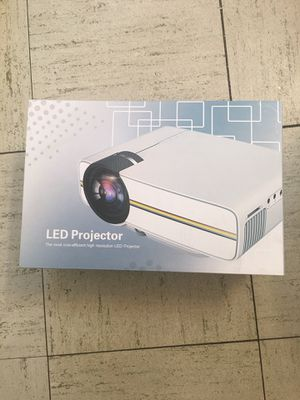 LED Projector with all the cables and remote for Sale in Chicago, IL