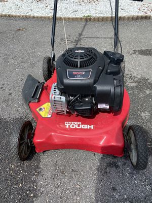 "Hyper Tough 20"" Side Discharge Push Mower with Briggs and Stratton Engine for Sale in Lauderhill, FL"