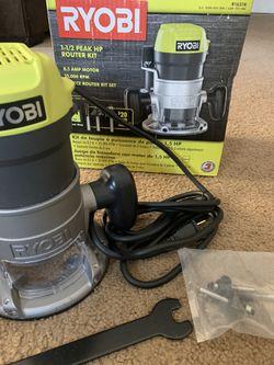 RYOBI 8.5 Amp 1-1/2 Peak HP Fixed Base ROUTER for Sale in Pomona, CA
