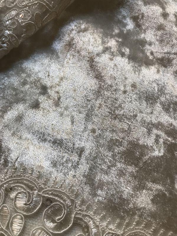 Velvet Tablecloth new!