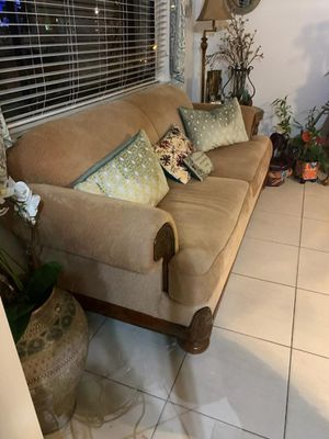 Couch from el dorado -used - great condition for Sale in Hialeah, FL