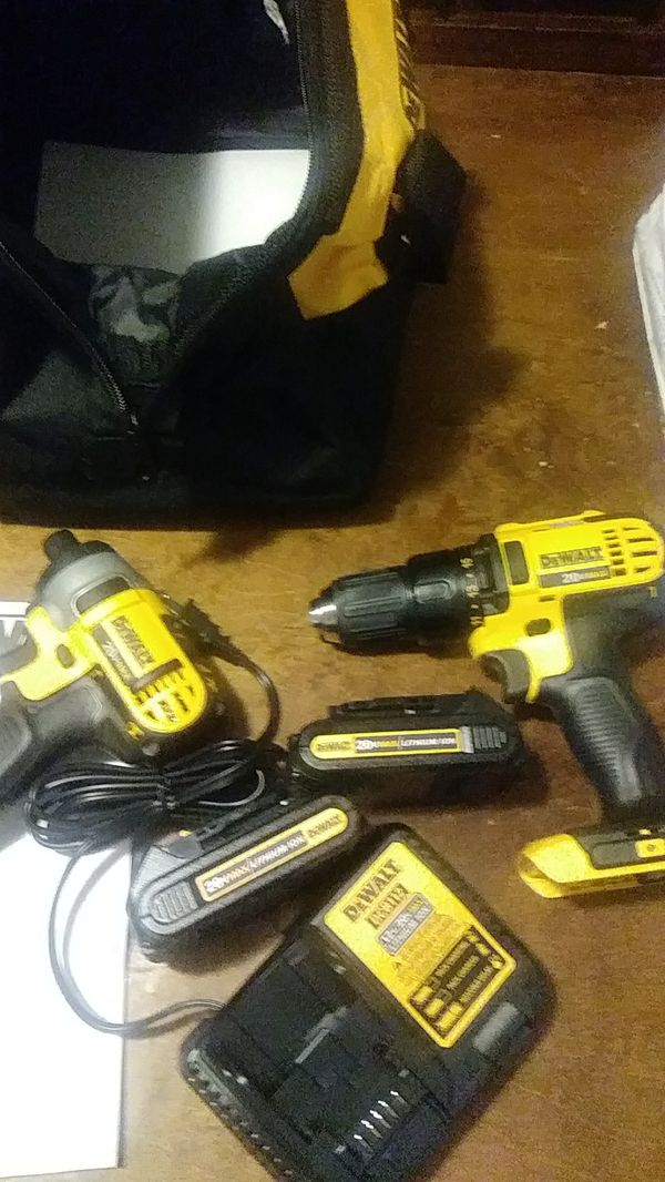 Dewalt 2 piece Xr drills two batteries and and a charger
