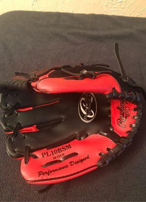 Kids left handed baseball glove for Sale in Nashville, TN