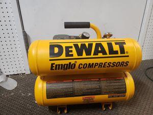 Dewalt 4 Gal. 1.1 HP Continuous Electric Hand Carry Air Compressor for Sale in Phoenix, AZ