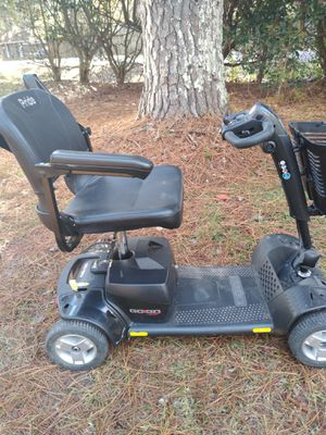 Pride go go scooter comes apart in 3 pieces easily to load battery pulls out seat comes off and wheels and motor in one piece steering folds down for Sale in Jackson, MS