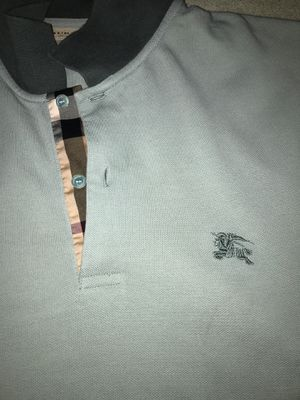 Burberry M for Sale in Baltimore, MD