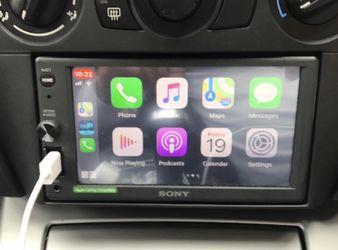 NEW ! Sony XAVAX1000 Apple CarPlay Media Receiver with BLUETOOTH /USB for Sale in Dallas,  TX
