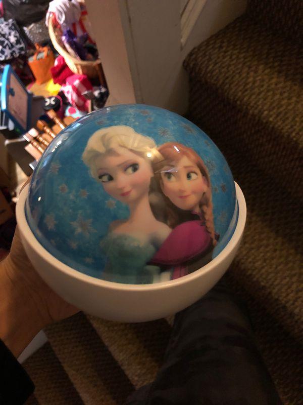 Frozen light projector