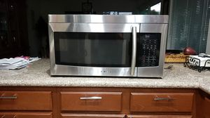 """Samsung 30"""" MICROWAVE OVER THE RANGE for Sale in Oceanside, CA"""
