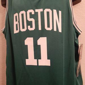 Boston Celtics Kyrie Irving mens Xlarge jersey $15 for Sale in Las Vegas, NV