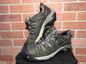 Keens steel toe men's shoes size 12 for Sale in Graham, WA