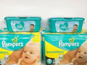 4 PAMPERS and 2 Wipes - for $25 for Sale in Kissimmee, FL