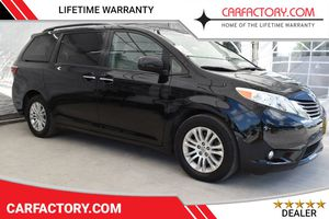 2017 Toyota Sienna for Sale in Hollywood, FL