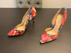 Flower Guess Heels for Sale in Tampa, FL