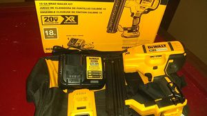 (DEWALT) NAIL GUN for Sale in Grosse Pointe Park, MI