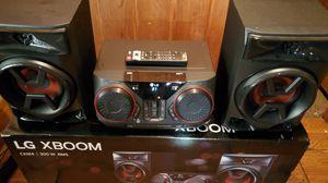 LG XBOOM Bluetooth System 300W w/Remote for Sale in San Antonio, TX