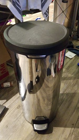 Tall kitchen stainless steel trash can for Sale in National City, CA