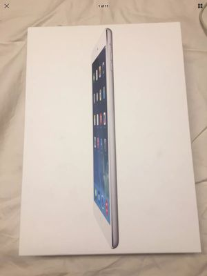 iPad Air 1 silver 16g for Sale in Nicholasville, KY
