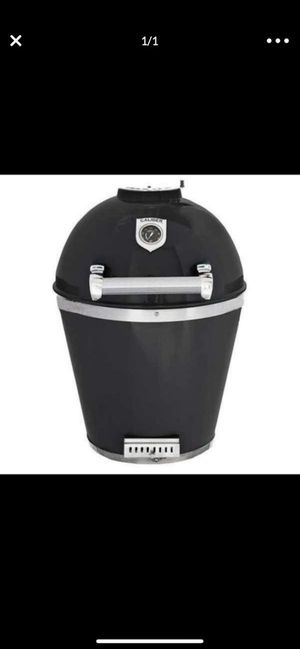 Caliber Pro Kamado Grill/BBQ/Smoker - Black/Stainless Steel with Leg Kit for Sale in Rossmoor, CA