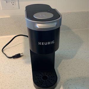 Keurig Single Cup Coffee Maker for Sale in Arcadia, CA