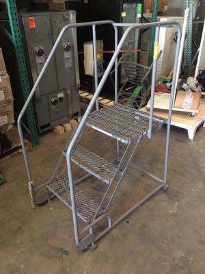 3 step forward tilt ladders for Sale in Orlando, FL