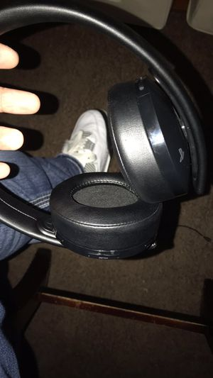 Ps4 headphones for Sale in Fresno, CA
