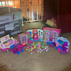 Shopkins Toys Some- Over 100 Pieces for Sale in North Tustin, CA