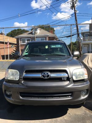 2005 Toyota Sequoia SR5 4WN 4dr | 147K Miles for Sale in Waltham, MA