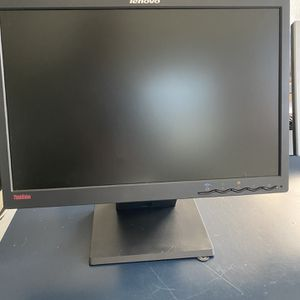 19 Inch Lenovo Monitor for Sale in Jacksonville, FL