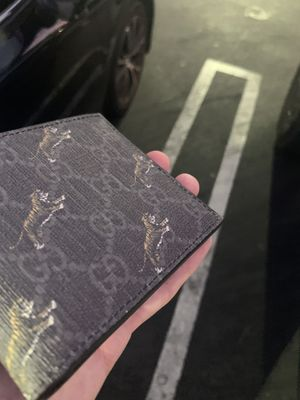 GG Tiger Print wallet for Sale in Los Angeles, CA