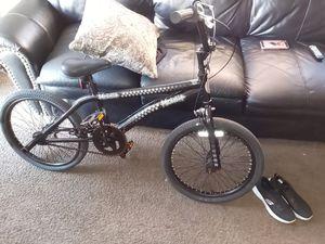 Megaramp trick bike for Sale in Belle Isle, FL