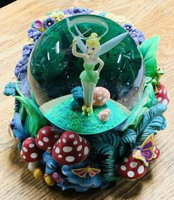 Disney's Peter Pan Tinkerbell Pixie Dust Lighted Musical Snow Globe for Sale in Palos Heights,  IL